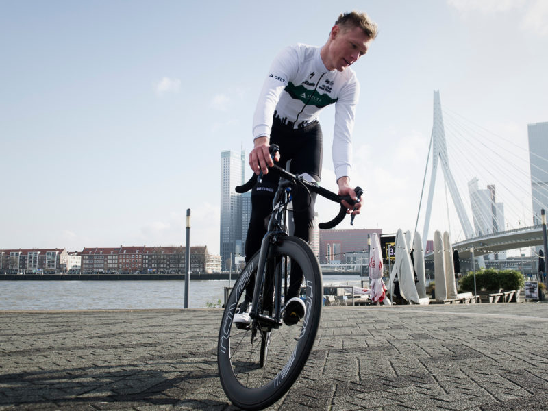 delta cycling rotterdam erasmusbrug henri santing