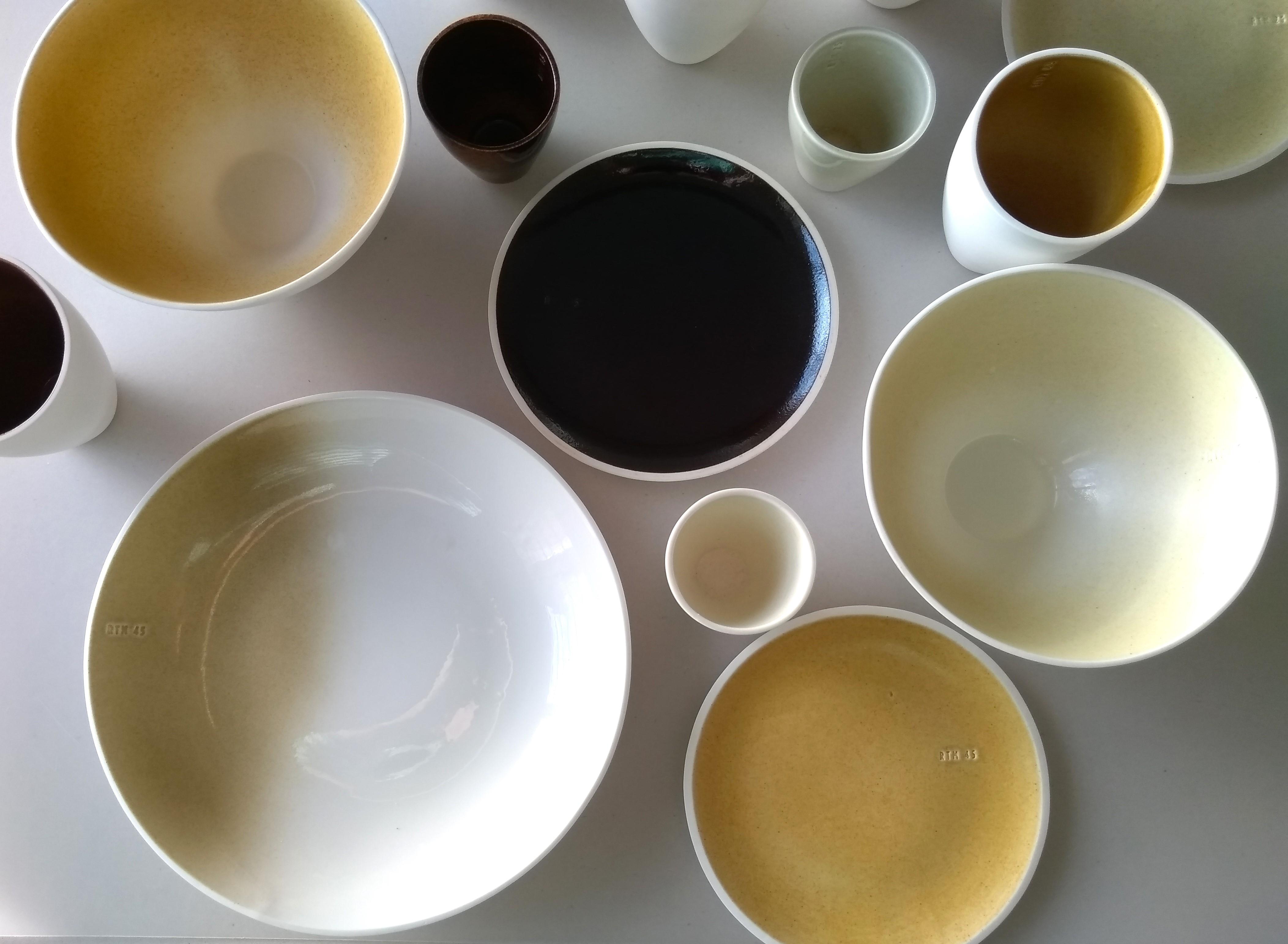 De hoeveelheden fijnstof van 10, 25, 45, 65 en 85 jaar leveren kleurverschillen op.
