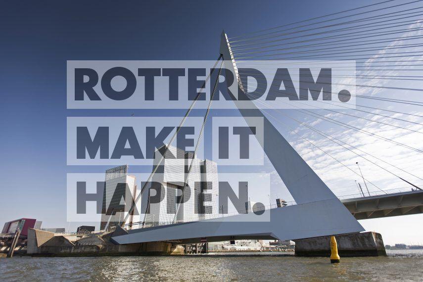 De Erasmusbrug met op de achtergrond het gebouw De Rotterdam op de Kop van Zuid.