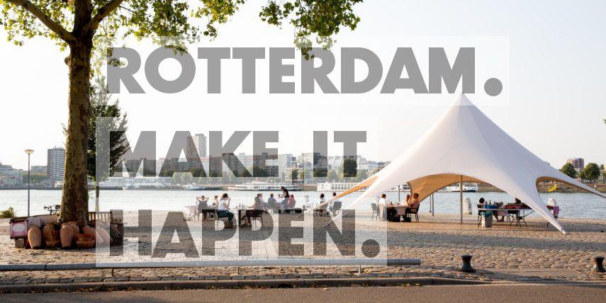 Feyenoord: Het terras aan het water van restaurant Borgo d'Aneto.
