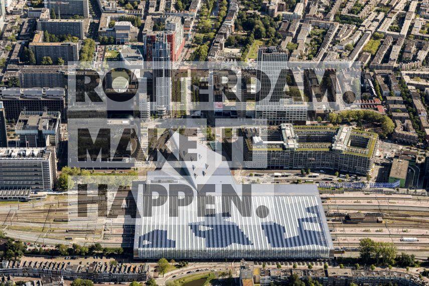 Rotterdam Centraal Station vanuit de lucht.