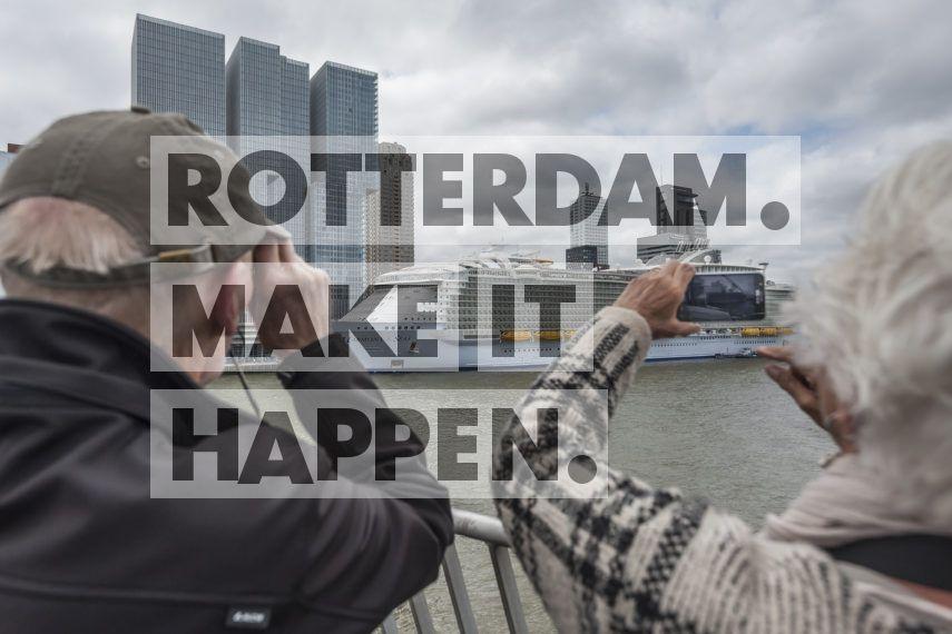 Kop van Zuid: Harmony of the Seas in Rotterdam.