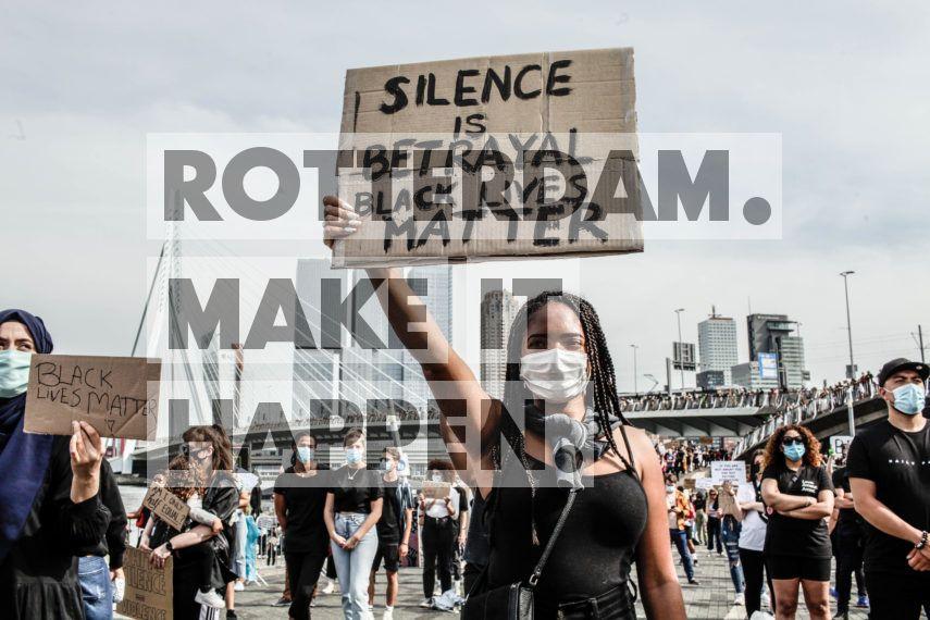 Na de verschrikkelijke dood van George Floyd ontstonden er wereldwijd protesten tegen racisme en politiegeweld. In Rotterdam was de Erasmusbrug de plek waar honderden demonstranten zich, ondanks de lockdown, verzamelden om hun steun te betuigen en hun stem te laten horen. Met meer dan 170 culturen is Rotterdam een echte multiculturele stad waar gelijkheid en gelijke kansen belangrijker zijn dan ooit.